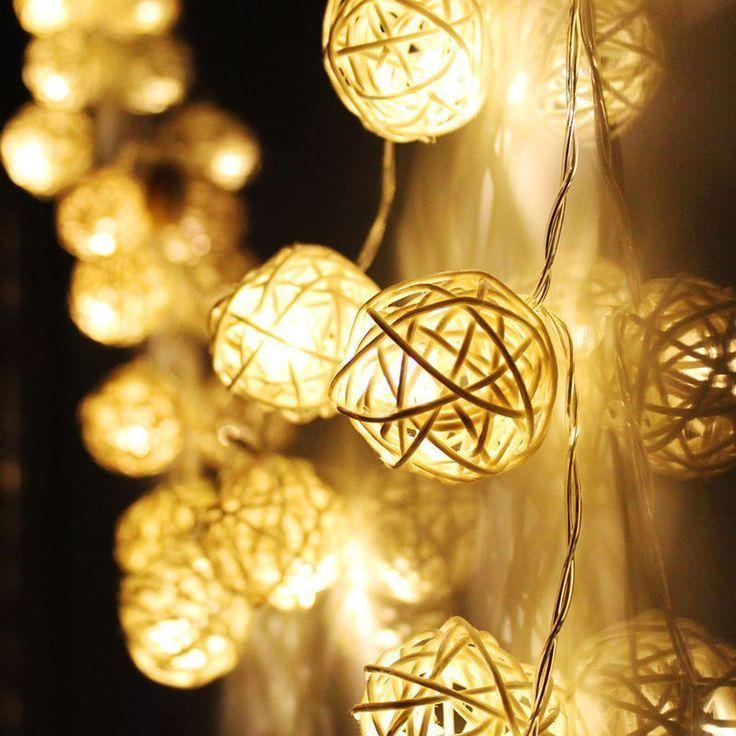 Купить товарМагия 20 Белый Ротанга Мяч СВЕТОДИОДНЫЕ Строки Сказочных Огней Рождество Свадьба Декор Партии в категории  на AliExpress.   нажмите, чтобы Увеличить   нажмите, чтобы Увеличить   нажмите, чтобы Увеличить   нажмите, чтобы Увеличить   нажмите, ч