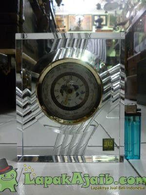 Jam Meja Kristal Hoya Made In Japan