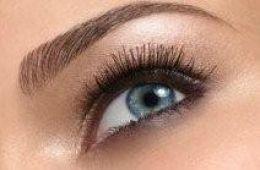 Create perfect eyebrow arch
