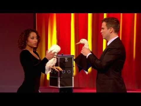 Penn & Teller: Fool us ITV1 Ali Cook funny magic trick