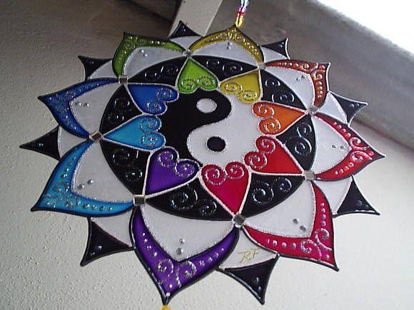 Mandala vitral - em PVC, técnica de pintura vitral