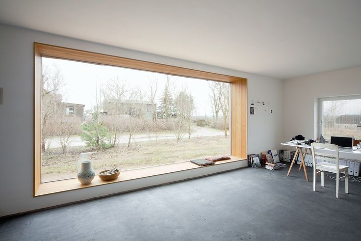 Thomas Kröger - Werkhaus, renovation of an agricultural machine shop to a studio and residence for a designer, Gerswalde 2013. Photos (C) Thomas Heimann.