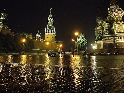 Moscow.   Red Square & St. Basil's Cathedral.