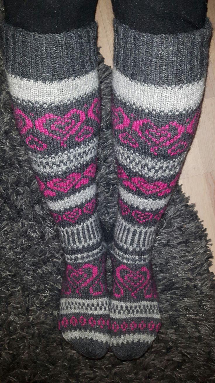 Sydän sukat Nalle-langasta