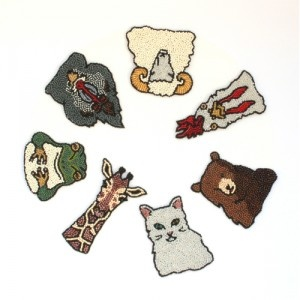 beading animal pins by Moko Kobayashi