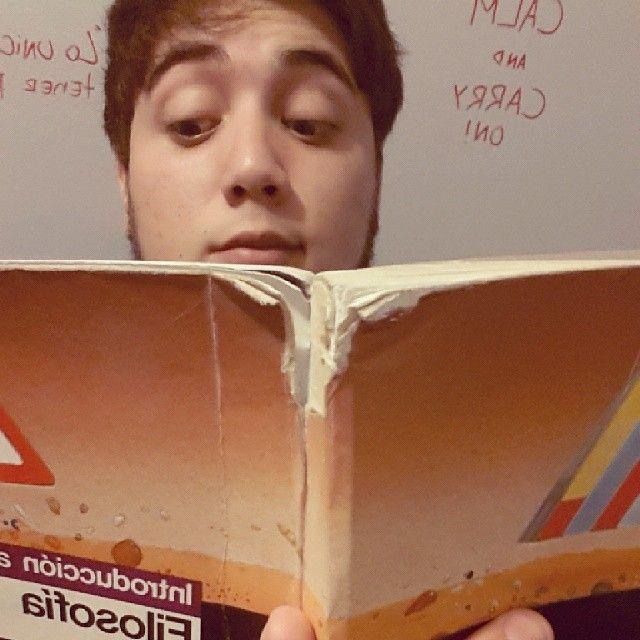 #bibliotecasduocuc #bookselfieduocuc #diadellibroduocuc #duocalonsoovalle #selfie #instachile