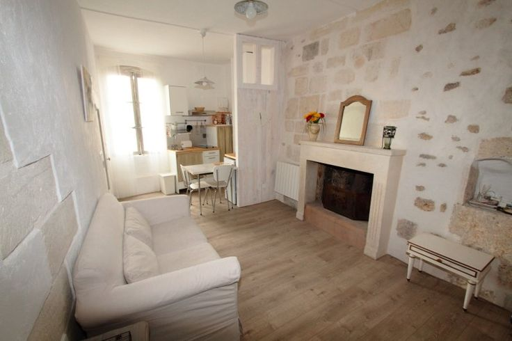 1 Bedroom, 1 bathroom in Uzes, France and 2 Reviews with DVD Player  on TripAdvisor