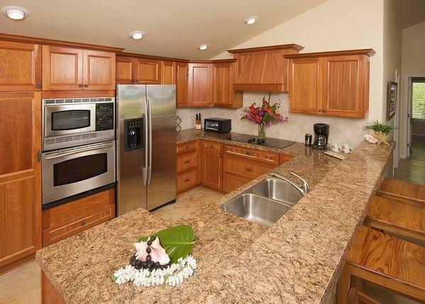 Diy Granit Arbeitsplatten Granitplatten Gegen Granitfliesen Arbeitsplatten Arbeitsplatte Kitchen Renovation Cost Modern Kitchen Granite Countertops Kitchen