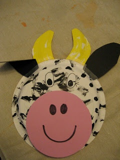 Toddler Approved!  Cow craft -- Click Clack Moo
