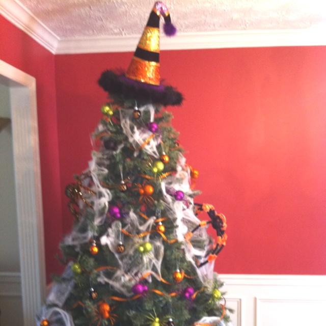 17 Best Images About Halloween Tree On Pinterest