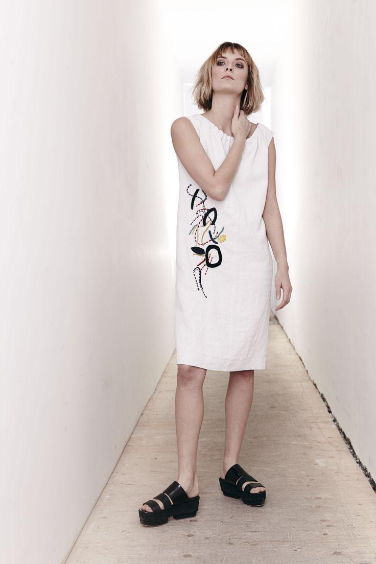 Gesso Linen Embellished Ashley Dress www.comrags.com