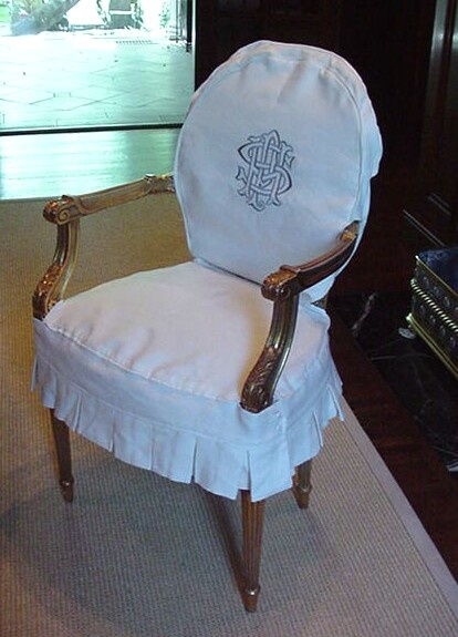 Iu0027m Sewing Slipcovers: Monogrammed Dining Chairs In White Linen