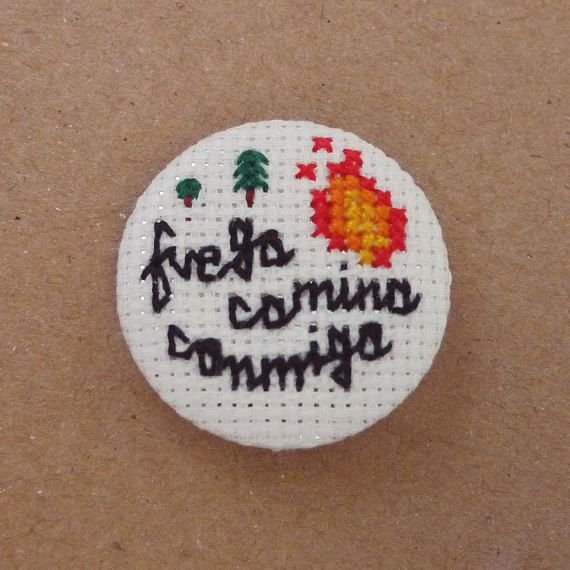 Fuego camina conmigo cross stitch 31mm pinback button - Twin Peaks Embroidered brooch - www.petipoaneedlecraft.com