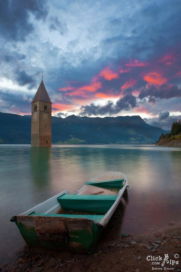 Lago di Resia, Sud Tirol, Italy