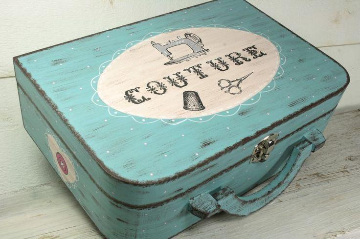 Les 25 meilleures id es concernant bo tes en bois peintes for Boite a couture originale