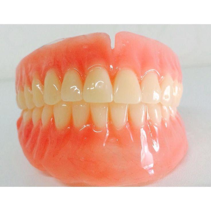 Um ótimo dia a todos.  Prótese Total Sup. Inf. Dentes New ace   Agende por email uma visita em seu consultório. Saquarema Bacaxá Araruama e região.  trabalhamos com diversos tipos de próteses. flexíveis acrílicas caracterizada no sistema STG PPr Com grampo estético  laboratórioleandroosorio@gmail.com #bomdia #saquarema #araruama #denist #boatardee #dentista #dentsply #dentures #dentalart #dentallab #dentistry #denstistry #dentalgram #dentallife #Dienteisosit #dentallabtechs #DentalWitakril…
