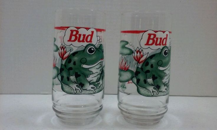 """Vintage 1995 BUDWEISER GLASSES ~6 inch tall Glasses~ """"BUD WEISER"""" FROGS SET OF 2"""
