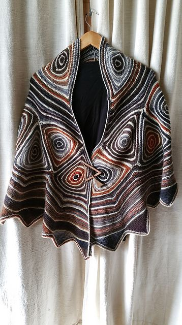 Ravelry: Linientreu pattern by Ute Nawratil