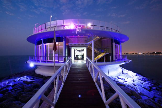 360 Degrees, Dubai, United Arab Emirates The 360 Degree bar at the Jumeirah Beach Hotel is located at the end of the marina walkway. The bar is known as one of the best bars in Dubai, and attracts guest DJs like Hernan Cattaneo, Spirit Catcher, and Milton Jackson to spin music for guests looking to dance all night.