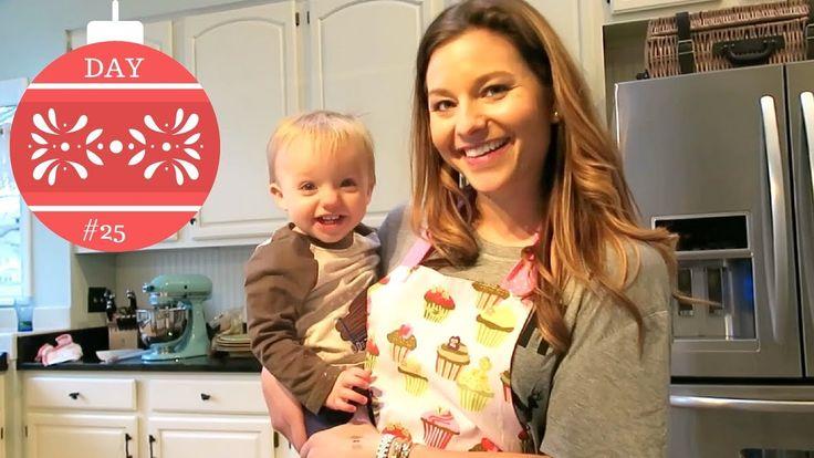 Vlogmas Day 25: Baking Cookies & Playing Spades