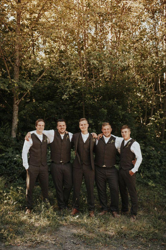 This Folksy Windy Ridge Washington Wedding Incorporated the Groom's Finnish Culture in Beautiful Ways