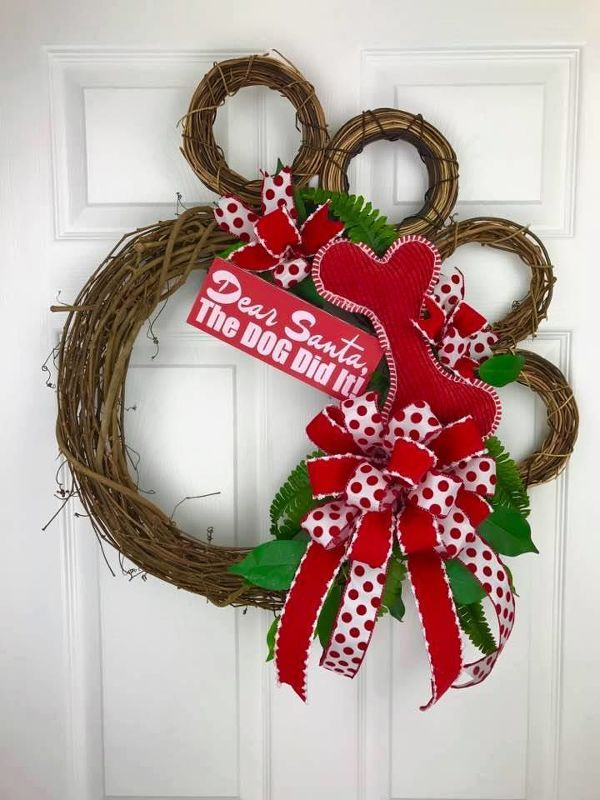 THE LIVE TUTORIAL WILL BE LINKED TO THIS VIDEO. WATCH THAT FOR COMPLETE INFORMATION Do you love dogs? Learn how to make this AWESOME dog Paw Wreath! It's very e…