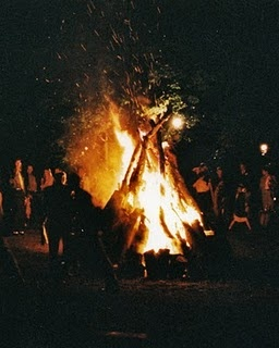 No autumn wedding would be complete without the romance of a Wedding Bonfire.