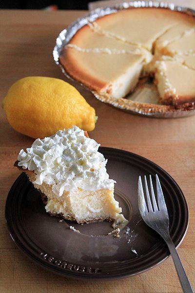 Lemonade Cheesecake from @Amber | Bluebonnets & Brownies  http://www.bluebonnetsandbrownies.com/2012/04/04/lemonade-cheesecake-recipe/