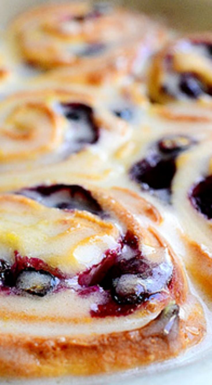Blueberry Lemon Sweet Rolls ~ They're so, so dreamy and a nice twist on regular cinnamon rolls.