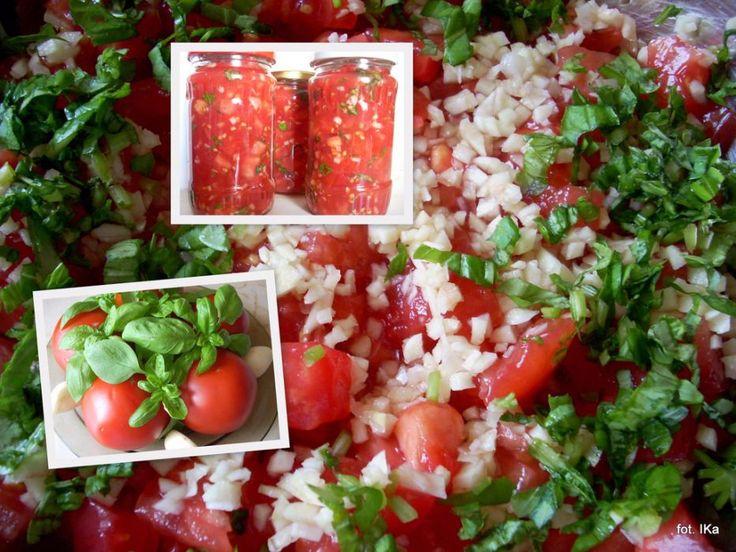 Jesienią pomidory są tanie i bardzo smaczne. Nie wiecie co zrobić z ich nadmiarem?...