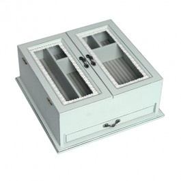 Parissienne Sewing Box £32