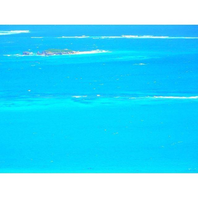 【kacchiiisabira】さんのInstagramをピンしています。 《🌴無人島🌺 ・ 1度は行きたい🚣 ・ 1日だけサバイバル生活、挑戦したい👣 ・ #沖縄 🌺 #南部 🌴  #南城市 👒 #無人島 🌎 #沖縄巡り🚗 #ニライカナイ #島 🐠 #海 🐚 #空 ☁️ #bluesea 🐬  #カメラ 📷 #camera  #オリンパス #olympus  #ダレカニミセタイケシキ #ダレカニミセタイウミ  #沖縄好きな人と繋がりたい #写真好きな人と繋がりたい #カメラ好きな人と繋がりたい》