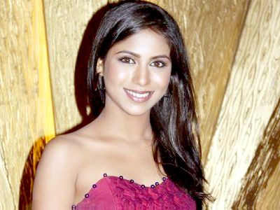 Vibha Anand heads to Bollywood!