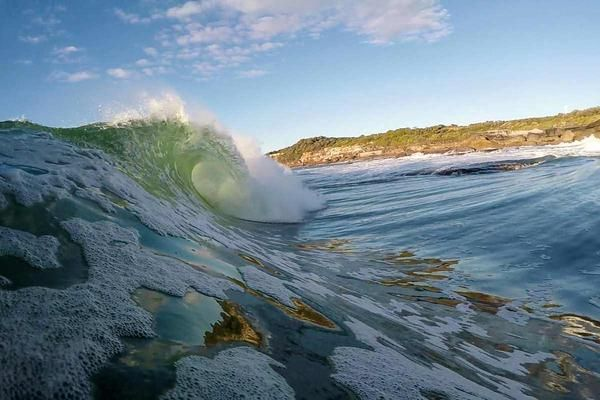 Welcome to the Cape of FunOn Friday the 10th of June, the now usual crew of suspects (Dan Carr, Joel Menz and myself) set out to join Pete Sperling in bodysurfing one of Sydney's most infamous locations.  The heaving slab at Cape Soland...