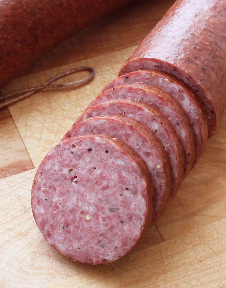 Make your own country smoked summer sausage. This is a great recipe for the DIYer. #SausageMaking #DIY