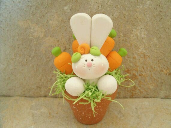 #Conejo en maceta