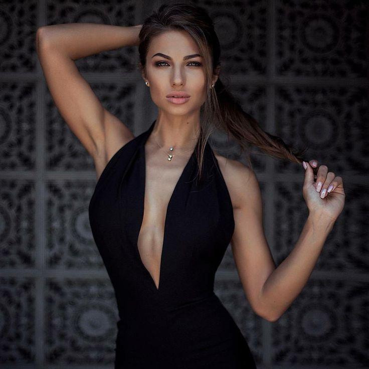 Daria Shy Nude Photos 29
