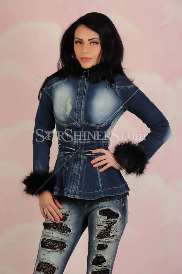 Jacheta Mexton Secret Avenue Blue .  Jacheta de blugi Mexton, care iti ofera un look aparte. Lungime: 44 cm de la subrat pana jos.  #mexton #jacheta #jachetacublana