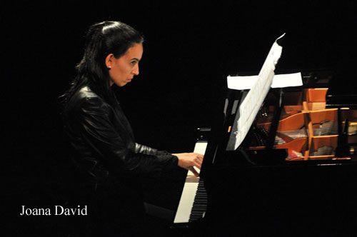 Joana David, piano