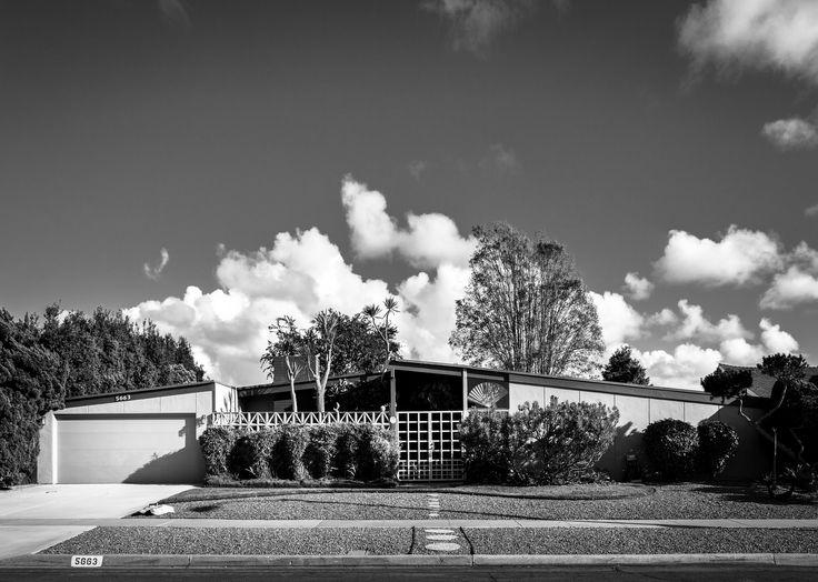 https://flic.kr/p/oZiSGc   University City   Architect: William Krisel for Palmer & Krisel (1960) Developer: Irvin Kahn
