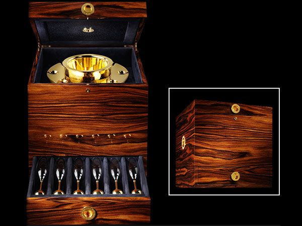 van-perckens-champagne-cooler-case.jpg (600×450)