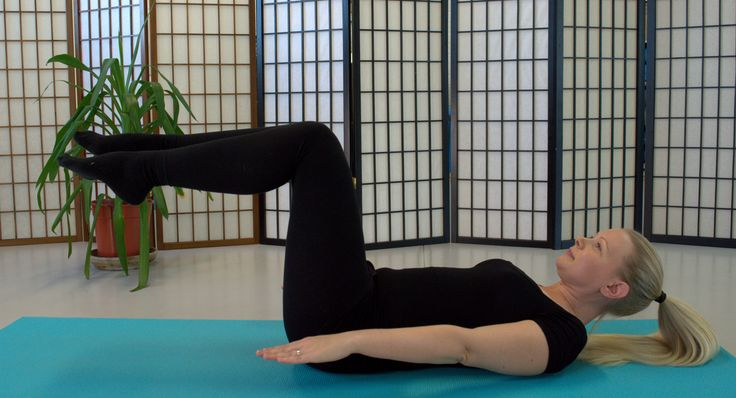 cool Пилатес для начинающих в домашних условиях — Лучший способ подтянуть тело (видео) Читай больше http://avrorra.com/pilates-dlya-nachinayushhix-v-domashnix-usloviyax-video/