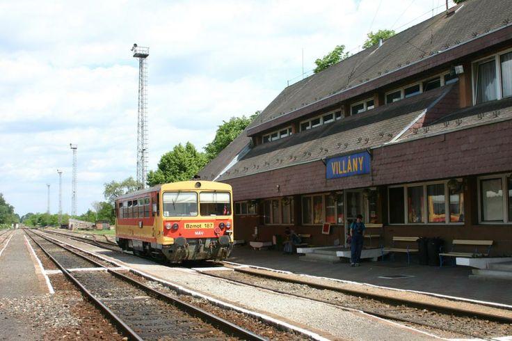 Bzmot 187 in Villány, #Hungary #Train