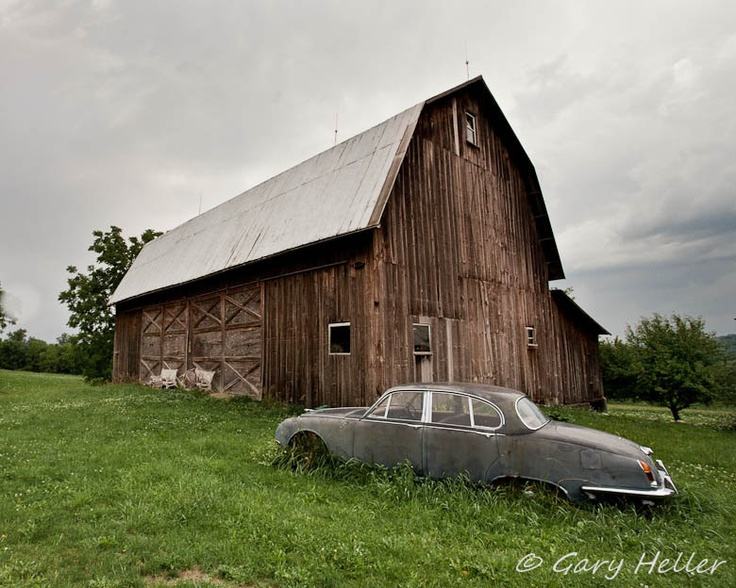 103 best 1 abandoned old age run down barns houses for Country barn homes