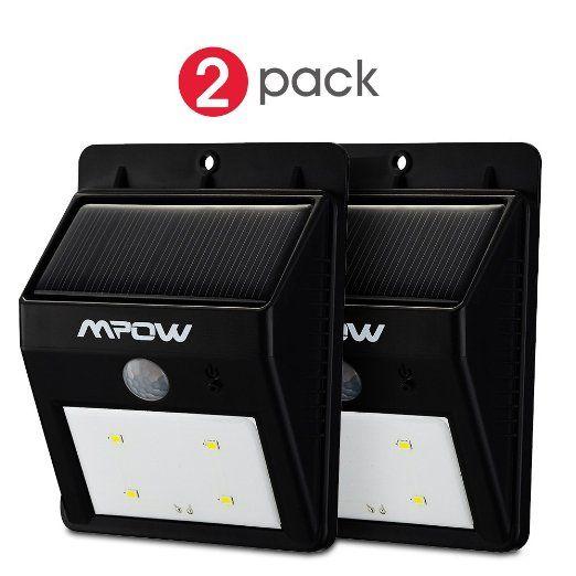 [2 pezzi] Mpow Luci Solari Lampada Wireless ad Energia Solare da Esterno con 4 Lampadine LED con Sensore di Movimento per Cortile, Giardino, Casa, Passo Carraio, Scale, Fuori Muro