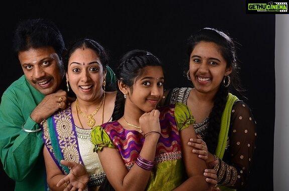 Peranbu Child Artist Sadhana 2019 Latest Hd Unseen Pictures Gethu Cinema Artists For Kids Artist Pictures