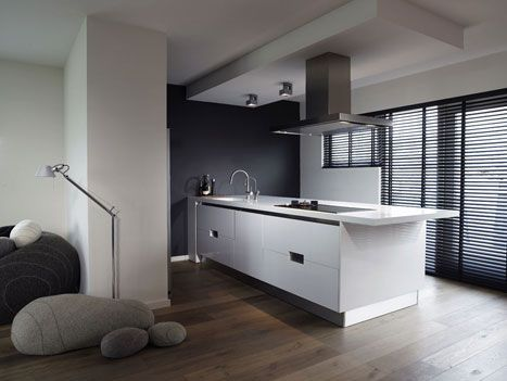 47 beste afbeeldingen over keuken op pinterest hoekjes kleine keukens en feesttent brieven - Keuken in lengte ...