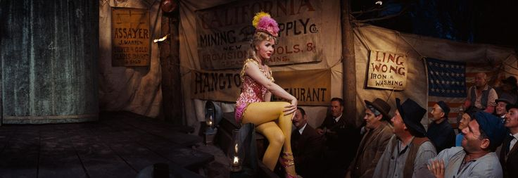 Still of Debbie Reynolds in How the West Was Won (1962) http://www.movpins.com/dHQwMDU2MDg1/how-the-west-was-won-(1962)/still-165971712