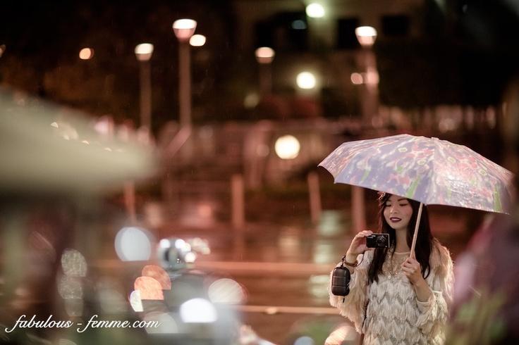 girl with umbrella - vintage 20s