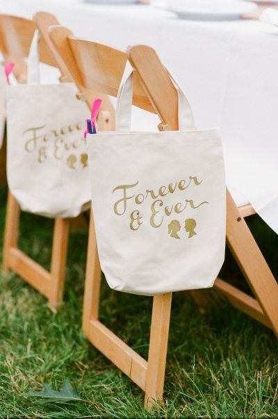 Style Me Pretty. DIY Wedding favors. These gift bags can be customized with any logo or typeface, making them great for any type of event or party.
